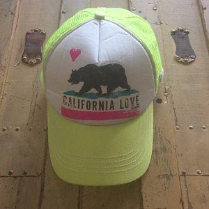 BILLABONG NEON YELLOW CALIFORNIA LOVE TRUCKER HAT